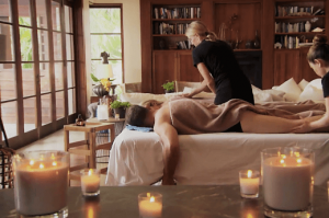 couples massage at home 1
