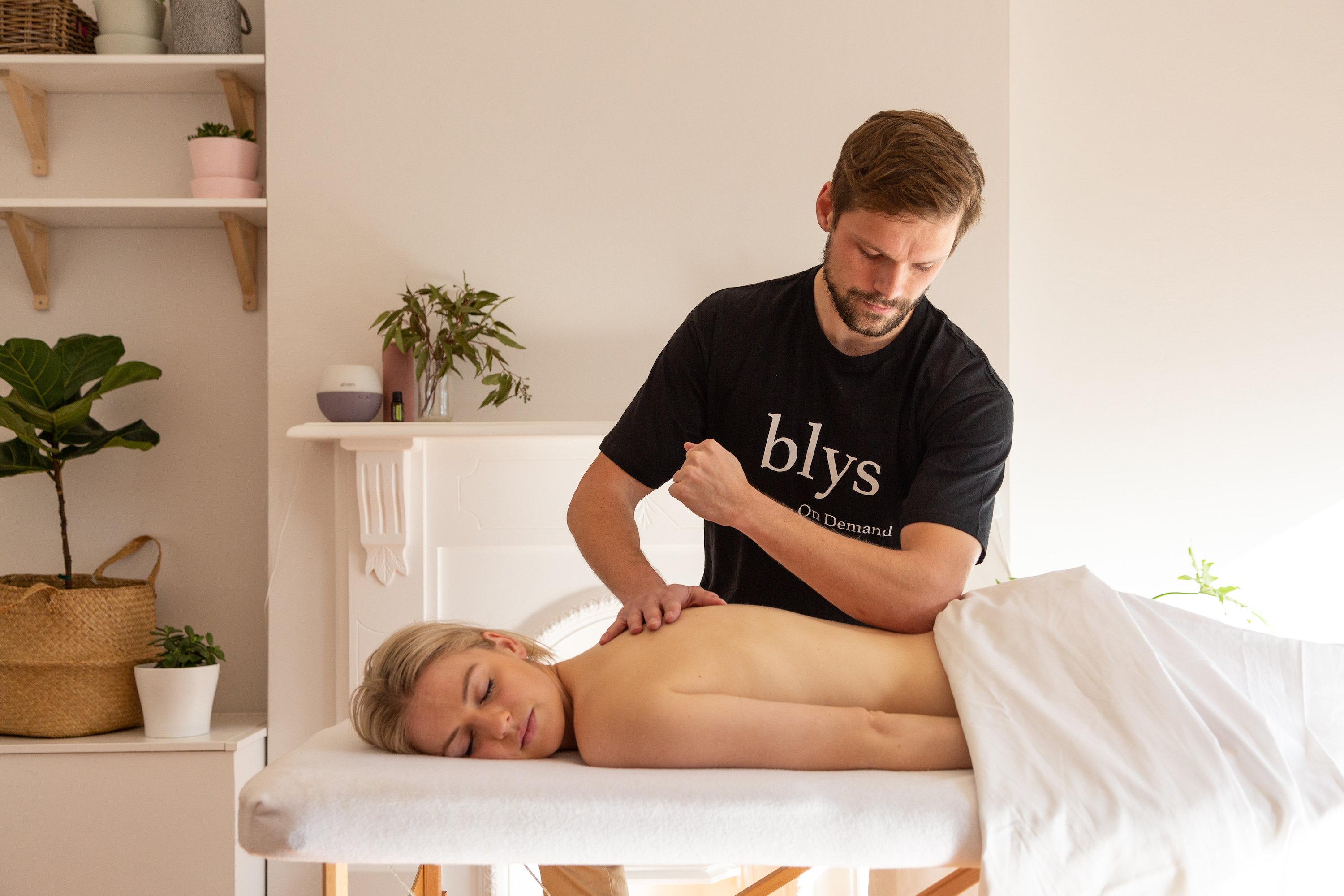 Blys remedial massage