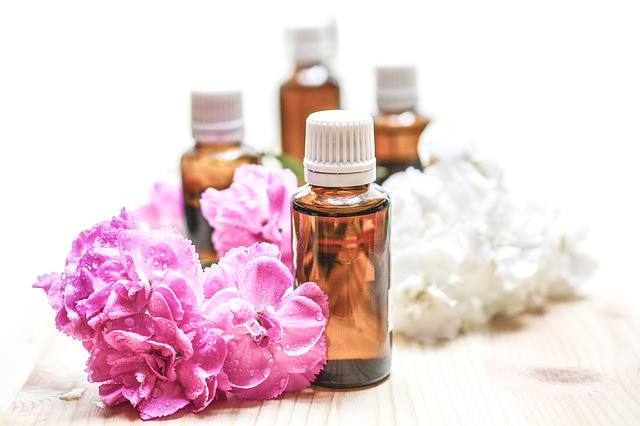 Aromatherapy 101: An Extensive Guide for Massage Therapists